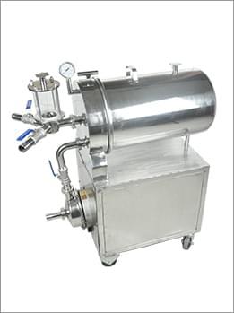 不锈钢硅藻土过滤器(带泵)