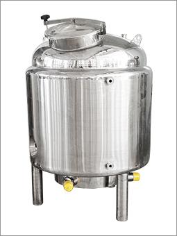 不锈钢电加热密封储罐
